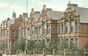 Wolverhampton Higher Grade School . Picture taken from an old postcard